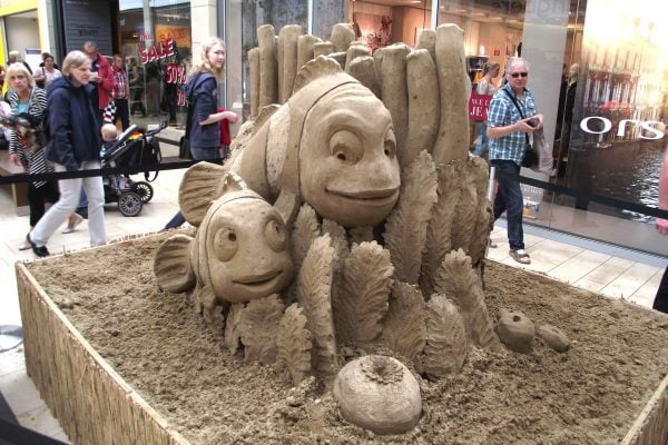 Sand sculptures as Live event in Shopping-Centres